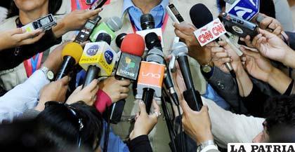 Human Rights: Gobierno usa COVID-19 para pisotear libertad de expresión